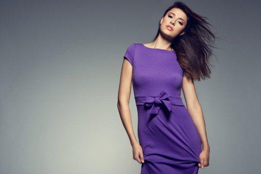 Auch heute sind sowohl Lila als auch Violett typisch feminine Farben. (Bild: nataliakul – Shutterstock.com)