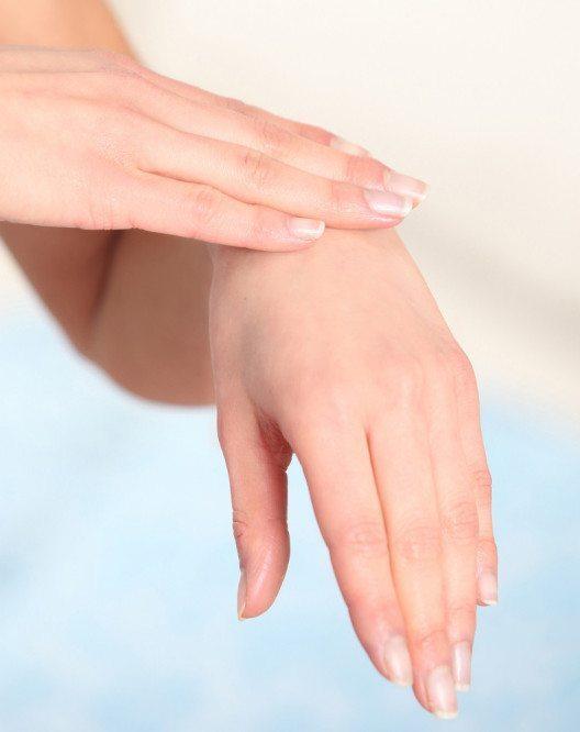 Jede Frau freut sich über schöne und gepflegte Nägel. (Bild: silicea)