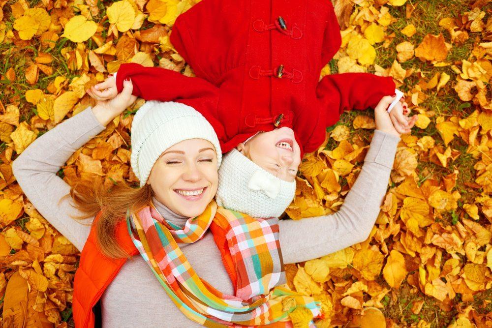 Fashionistas freuen sich schon auf die neuen Modetrends im Herbst. (Bild: © Evgeny Atamanenko - shutterstock.com)