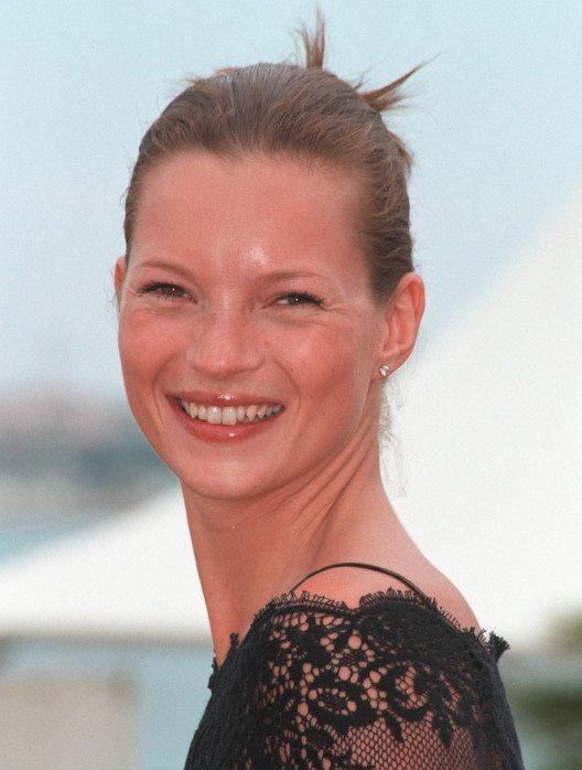 Kate Moss 1999 (Bild: Featureflash Photo Agency – Shutterstock.com)
