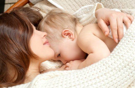 Stillen ist das Beste für Mutter und Kind! (Bild: © SvetlanaFedoseyeva)