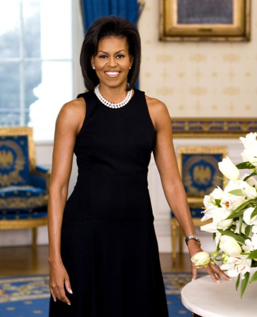 Michelle Obama im Kleid von Michael Kors. (Bild: Joyce N. Boghosian, White House photographer, Wikimedia, public domain)
