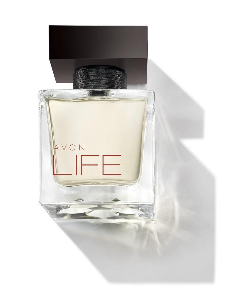 Der Herrenduft – AVON LIFE für Ihn Eau de Toilette imponiert mit einer frischen, lebendigen Note von schwarzem Pfeffer, die sehr maskulin ist.