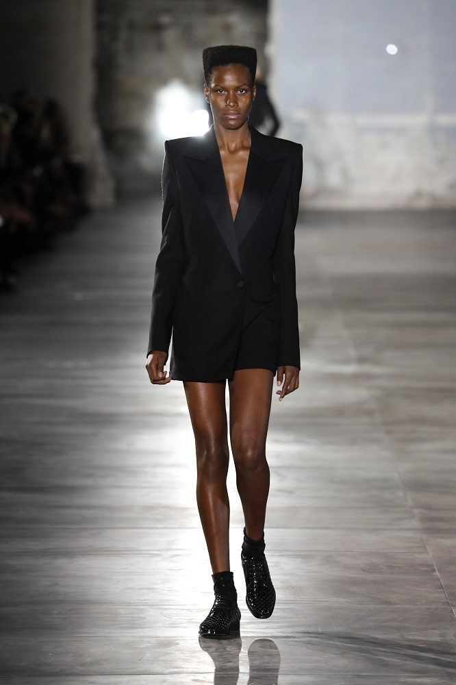 fsfwpa51-14f-fashion-week-paris-f-s-17-saint-laurent