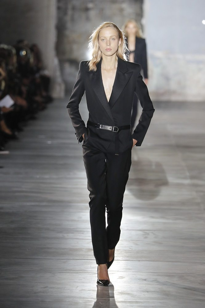fsfwpa51-15f-fashion-week-paris-f-s-17-saint-laurent