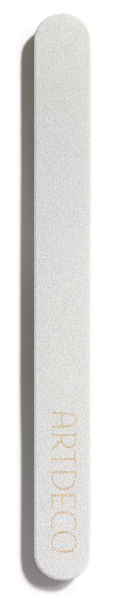 ARTDECO Special File for Dry Nails: Zum Kürzen trockener, brüchiger Nägel sollte die Special File for Dry Nails verwendet werden. Diese hat einen flexiblen Kunststoffkern und eine besonders feine Körnung…