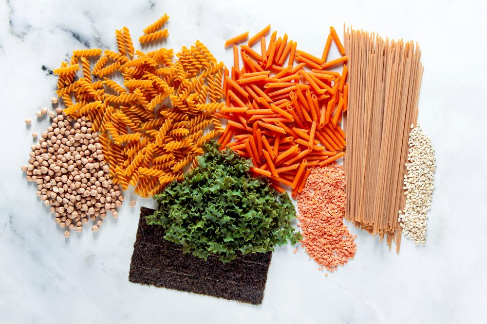 Glutenfreie Pasta aus Hülsenfrüchten ist inzwischen vielerorts erhältlich. (Bild: IriGri / shutterstock)