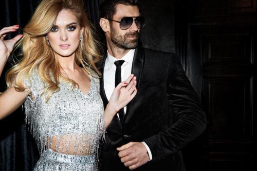Perfektes Outfit für den Glamour-Abend (Bild: AS Inc - shutterstock.com)